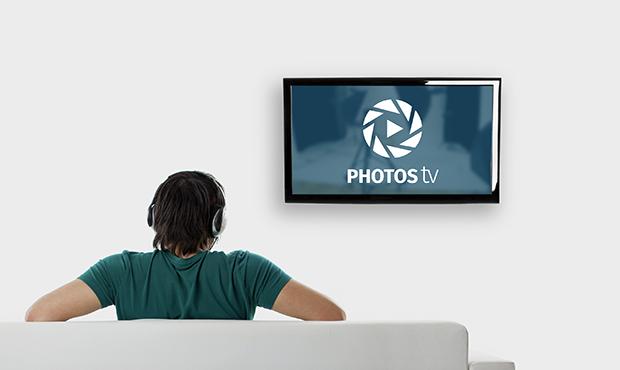 photodune-3682081-watching-tv-l